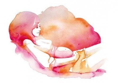 La estimulación prenatal puede realizarse con distintos ejercicios enfocados a los diferentes sentidos del bebé.