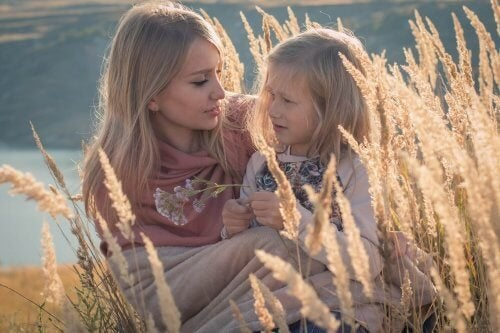 La comunicación es vital para responder correctamente a los por qué de los niños.