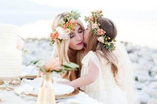 Diademas con flores para niñas.