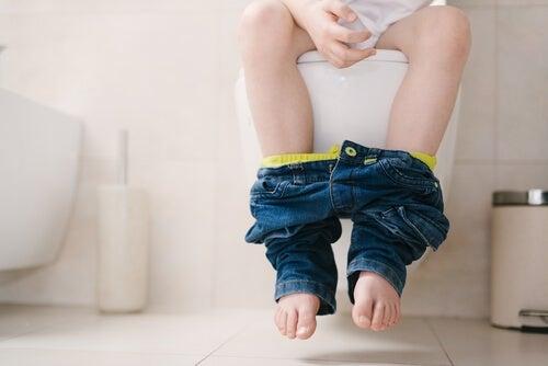 La constipation chez les enfants est un symptôme très commun quand ils sont petits.