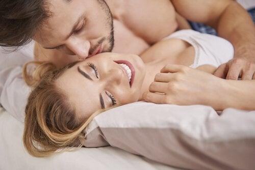 Las secreciones vaginales son importantes en el momento de tener relaciones sexuales.