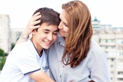 Un hijo que no quiere crecer necesita el apoyo y contención de sus padres.