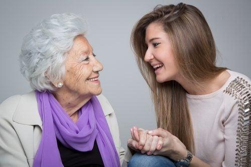 Las abuelas son personas muy especiales en la vida de los nietos.