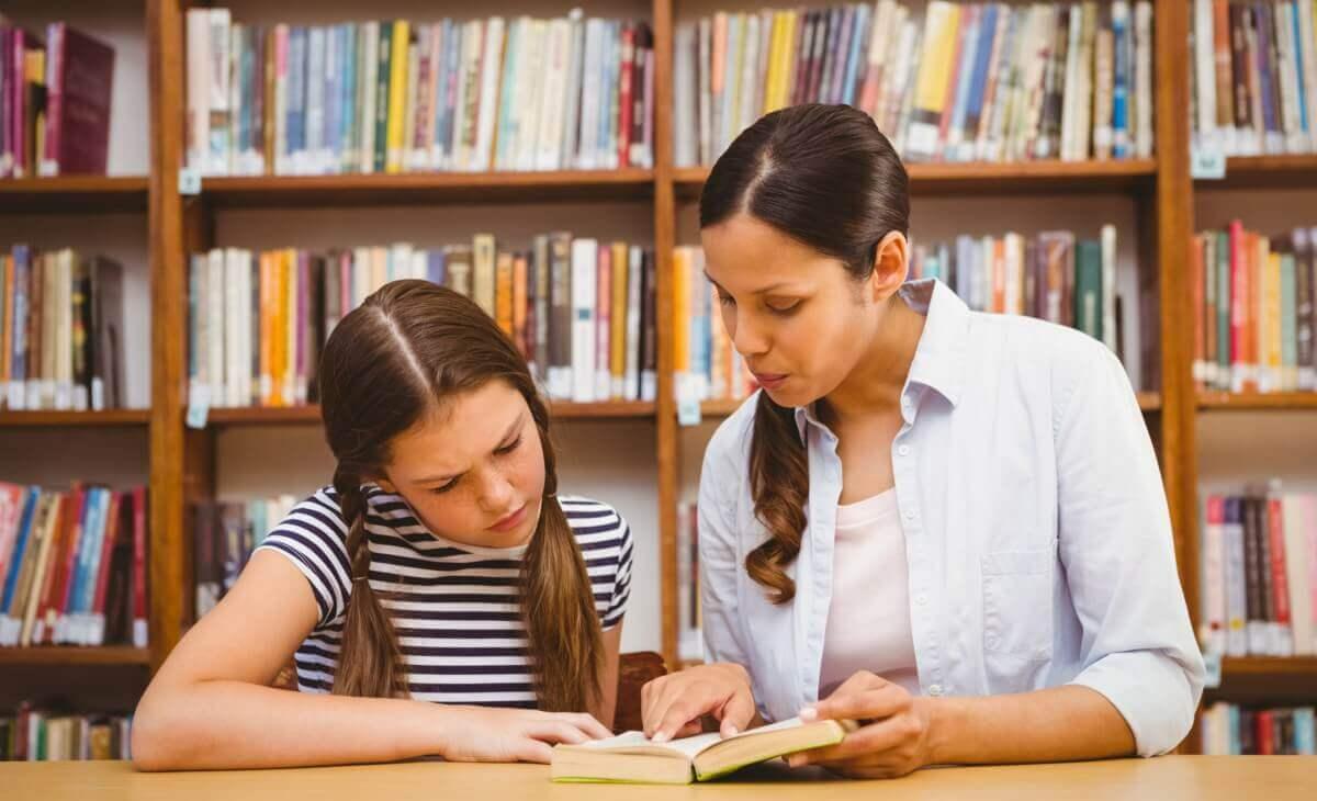 La historia para niños comporta numerosos beneficios para su desarrollo intelectual.