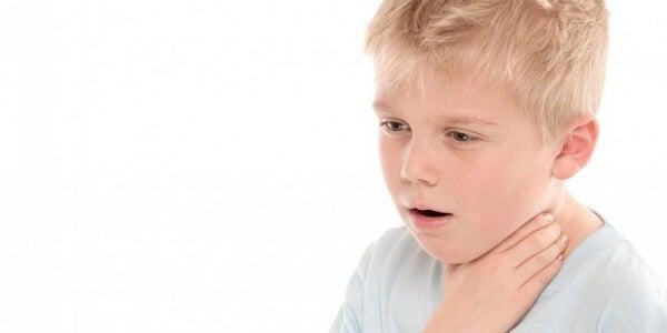 Qué es y cómo atender el atragantamiento en niños