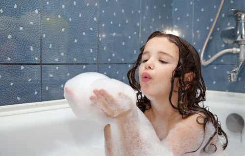 Cómo cuidar el cabello de los niños