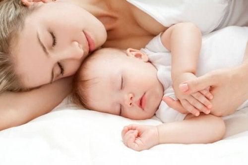 Cuidar a tu bebé es fácil si sabes qué es lo mejor para él.