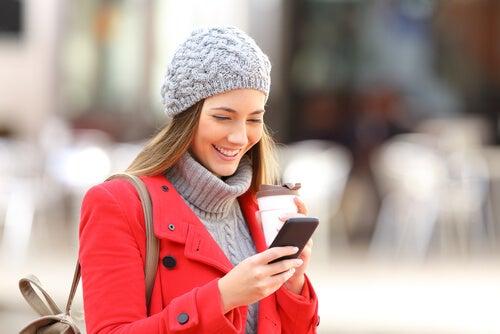Las tecnologías ayudan a reducir las distancias.