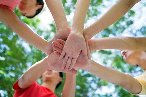 Todo acerca del voluntariado para adolescentes