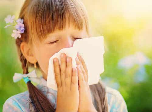 Crisis alérgica en niños: síntomas, causas y tratamiento