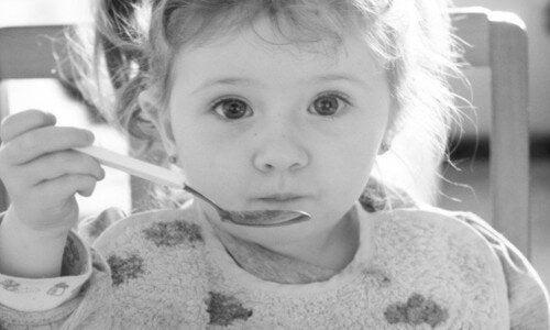 La desnutrición infantil: causas y detección