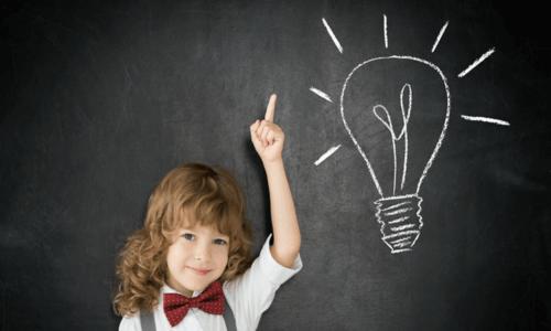 El aprendizaje de un idioma en una edad temprana es mucho más sencillo y rápido.