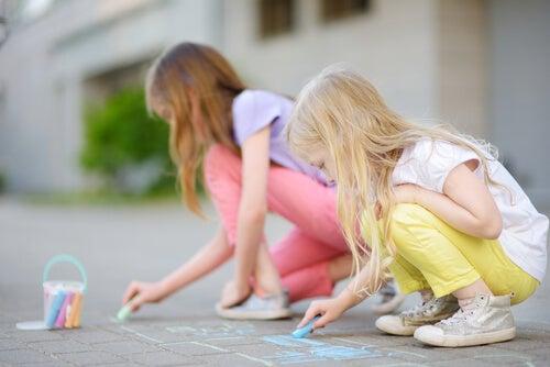 Estimular la creatividad en niños.