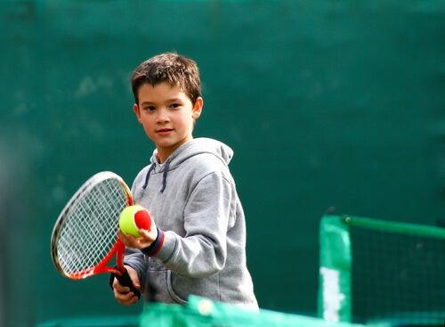 Tenis para niños, un deporte para todas las edades