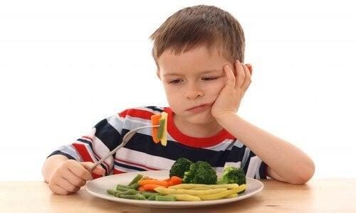Incluir vegetales con estas recetas de postres con verduras te ayudará a que tus pequeños las coman sin problemas.