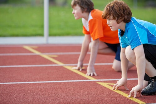El atletismo para niños es un deporte muy seguro.