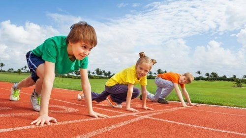 Correr ayuda a los niños a desarrollar su resistencia física.
