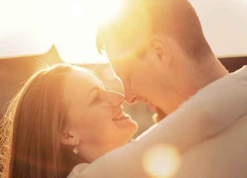 El sexo después del parto puede ser tierno y amoroso.