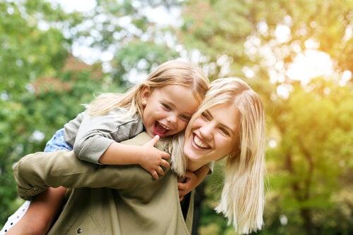 La ausencia de la madre vulnera la autoconfianza de los niños.