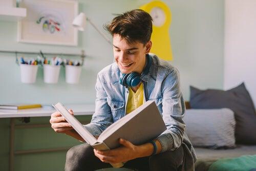 La lectura es un hábito que se debe inculcar desde la niñez.