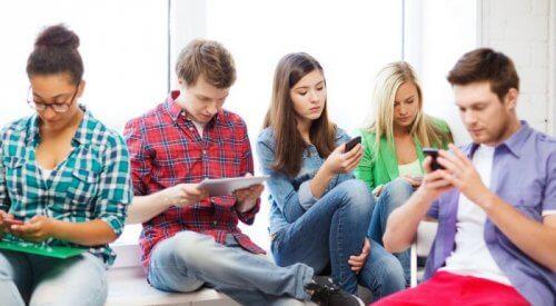 La adicción a la tecnología es un problema de nuestra sociedad.