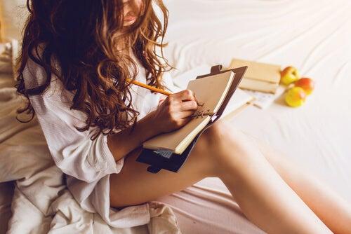 El ejercicio de la escritura refuerza el autoestima.