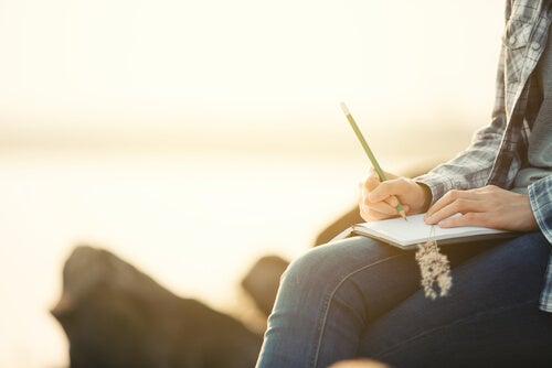 Beneficios de escribir un diario personal