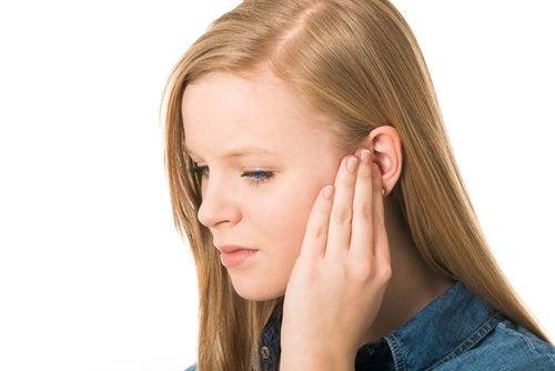 La ruptura de tímpano en niños no es evitable, pero sí se pueden evitar acciones que la causan.