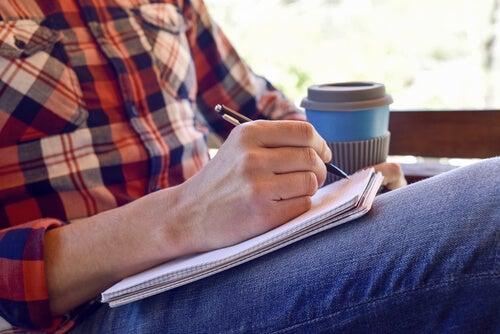 Escribir es un proceso creativo sumamente demandante para algunas personas.