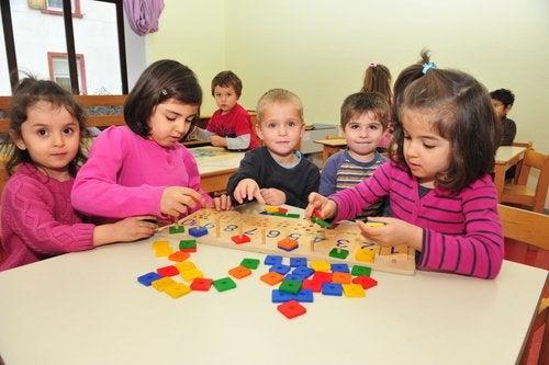 La primera vez en el jardín de infancia suele estar plagada de dudas por parte de los niños.
