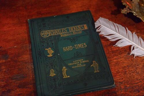 5 frases de Dickens para los más pequeños