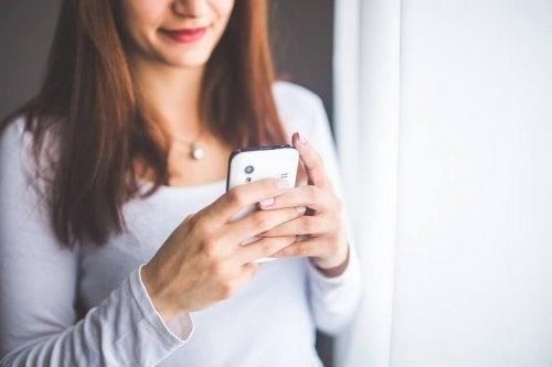 Los móviles y sus cámaras han multiplicado exponencialmente el contenido que publicamos en la red.