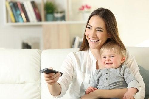 Hoy en día, las series de televisión influyen mucho en los nombres de los recién nacidos.