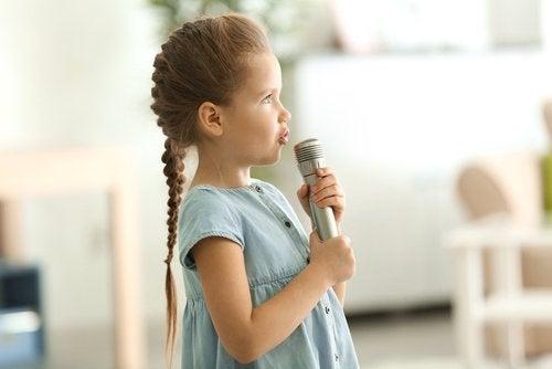 Acciones que favorecen la adquisición del lenguaje en los niños.
