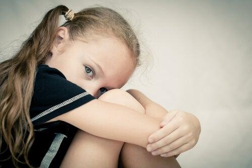 Si no hay tolerancia a la frustración, un niño puede sentirse muy triste.