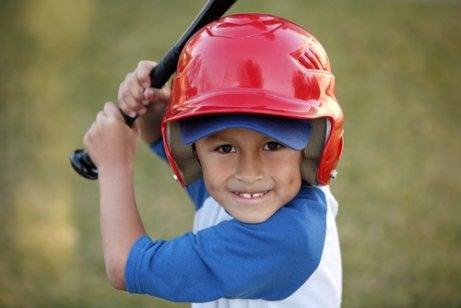 Béisbol para niños: beneficios y requerimientos