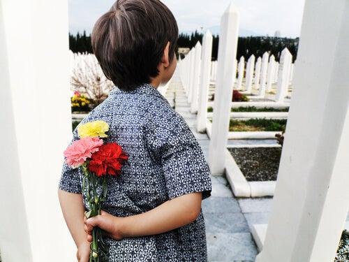 El concepto de la muerte en los niños debe inculcarse desde temprano, pero con sensibilidad.
