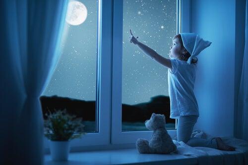 La astronomía para niños los llevará a conocer el mundo que los rodea.