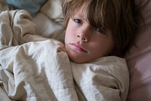 Ante las consecuencias que produce el cambio de hora a los niños, los expertos recomiendan actuar con anticipación.