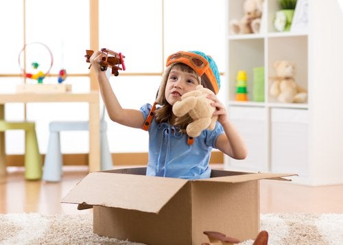 Asumir diferentes roles al jugar es un acercamiento de los niños a la realidad, según Vygotski.