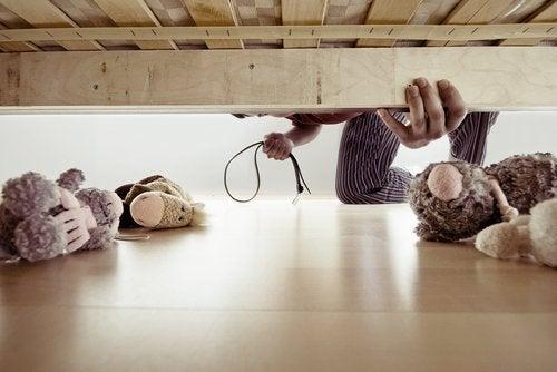 ¿Cómo afecta la violencia intrafamiliar a los niños?