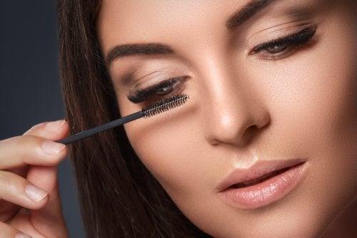 Existen formas de maquillarse en poco tiempo que pueden serte de gran ayuda.