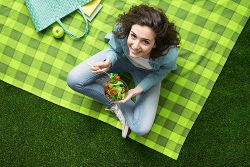 ¿Qué cuidados necesita un adolescente vegetariano?