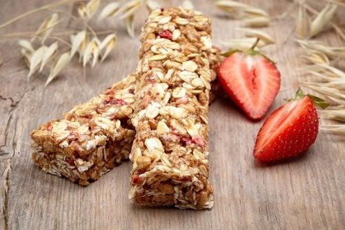 Las barritas de cereal son un gran complemento nutritivo para embarazadas.