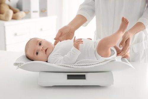 La visita anual al pediatra es el momento de controles exhaustivos.