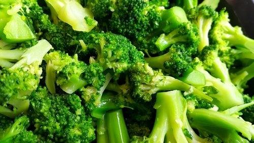 Le brocoli est l'une des grandes sources d'acide folique pendant la grossesse.