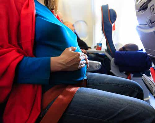 ¿Se puede ir de viaje estando embarazada?