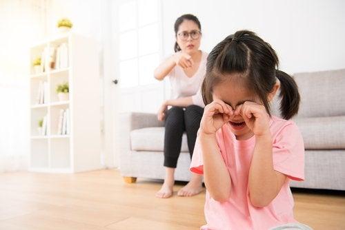 6 consecuencias de la invalidación familiar