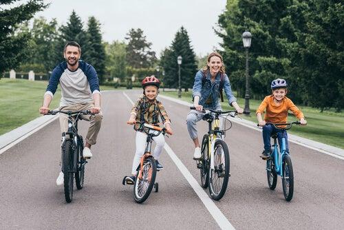 Montar en bicicleta: deporte y diversión al mismo tiempo