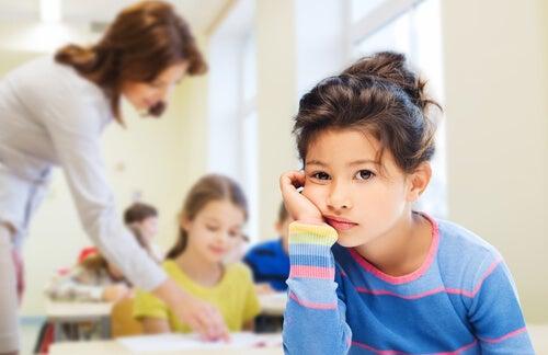 Los padres deben saber lidiar con el aburrimiento de los niños.